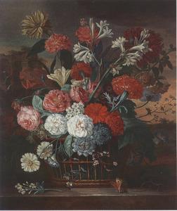 Bloemen in een rieten mand op een marmeren balustrade; links in de achtergrond een ruïne