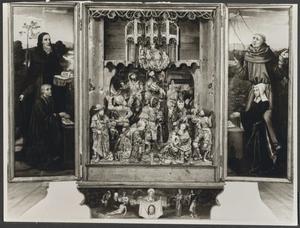 De H. Antonius Abt vergezeld door stichter Francisco Homen de Gouveia (binnenzijde linkerluik); De aanbidding der Wijzen (middendeel); De H. Franciscus vergezeld door stichter Isabel Alfonso (binnenzijde rechterluik); De H. Veronica met de zweetdoek (predella)