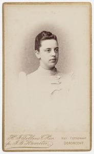 Portret van Aartje Adriana van Vollenhoven (1870-1956)