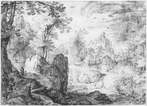 Boomrijk berglandschap met rivier, links drie pelgrims op een bergpad