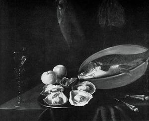 Stilleven met vis, oesters en een wijnkelk