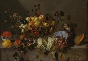 Stilleven met fruit en een aapje die druiven eet