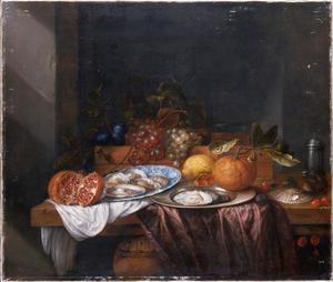 Vruchtenstilleven met oesters op een tafel
