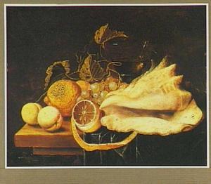 Stilleven met vruchten, roemer en schelp