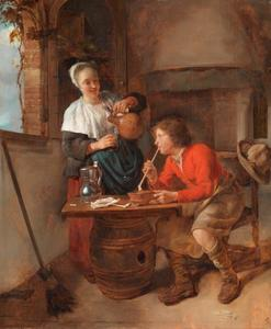 Interieur met een jonge vrouw die een glas inschenkt voor een jonge man
