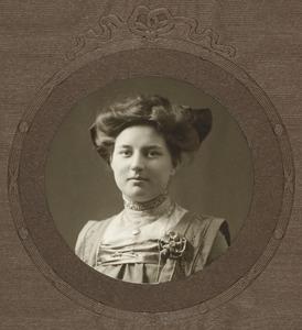 Portret van Henriëtte Christina ten Cate (1894-1966)