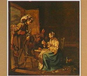 Een vrouw kaartend met een soldaat in een interieur; een officier in de deuropening kijkt toe