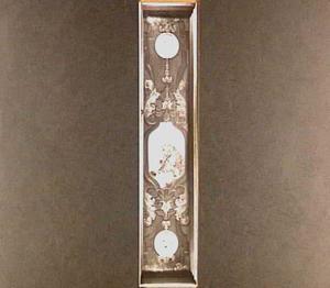 Cartouche met de Heilige Ambrosius tussen twee medaillons met de evangelisten Marcus en Johannes