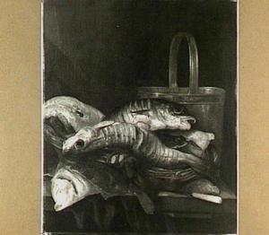 visstilleven met vissen in mand