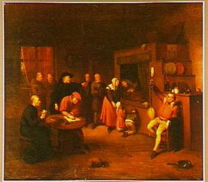Interieur met oude man op sterfbed, bezoekers, katholieke geestelijken, notaris en een piskijker