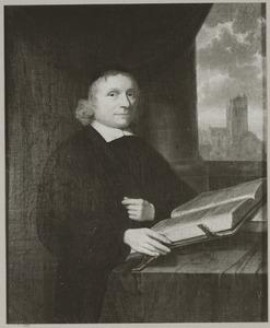 Portret van Johannes Dibbetz (1627-1709),  met doorkijk naar de Grote Kerk van Dordrecht