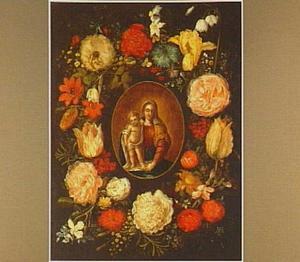 Bloemenkrans rondom Madonna met kind