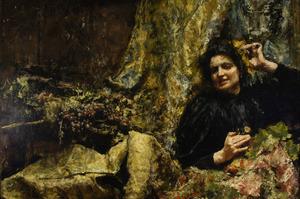 Vrouwenfiguur bij draperie