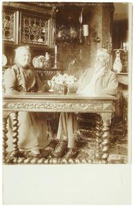 Portret van Cornelis ten Bosch (1853-1915) en Hendrika Margaretha Johanna Groeneveldt (1859-?)