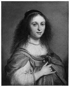Portret van een onbekende vrouw met waaier