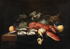 Stilleven van kreeft, oesters en druiven op een tafel