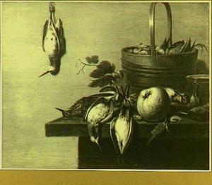 Stilleven met klein gevogelte, fruit en garnalen
