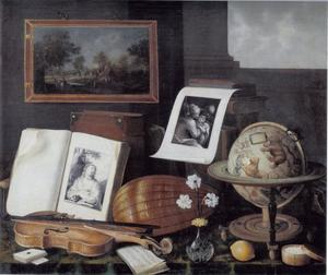 Vanitasstilleven met muziekinstrumenten, speelkaarten, prenten, muziekschrift, zoetigheden, vaas met bloemen, globe en boeken