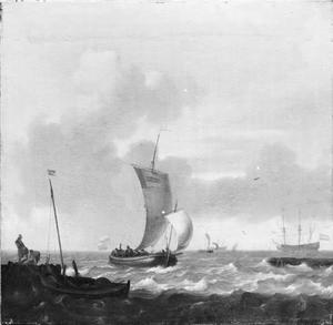 Haveningang , links twee mannen op een kade