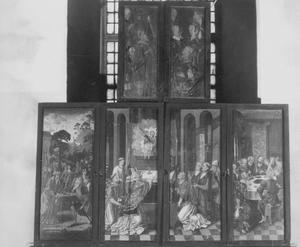 Melchizedek zegent Abraham, de Gregoriusmis (buitenzijde linkerluik); De Gregoriusmis, het Laatste Avondmaal (buitenzijde rechterluik)