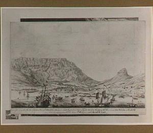 Gezicht op Kaap de Goede Hoop met Kaapstad en de Tafelberg