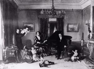 Portret van de familie Karel Enthoven (1816-1895) en Henriette Polak Kerdijk (1827-1891)
