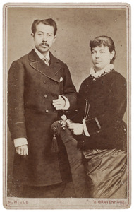Portret van Frederik Herman Dessauvagies (1859/1860-...) en Carolina Gerardina Louisa Lanen (1861-1881)