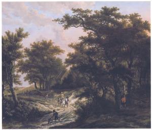 Boslandschap met reizigers op een zonbelichte weg