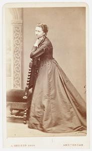 Portret van Ernestine Louise Anna Maria van Rechteren (1830-1881)