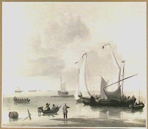 Schepen voor de kust met rechts op de voorgrond twee roeibootjes
