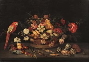 Stilleven met rieten mand met bloemen, vruchten in een porseleinen kom en een papegaai