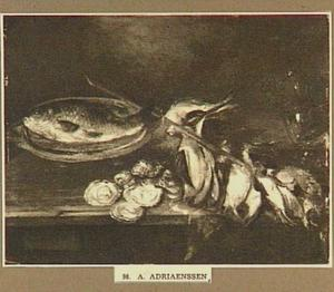Stilleven van zangvogels aan een stok, oesters en een karper