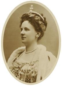 Portret van Wilhelmina van Oranje- Nassau (1880-1962)