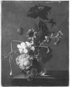 Bloemen in en glazen vaas