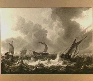 Schepen op woelige zee