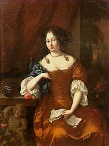 Portret van een vrouw, de rechterarm steunend op een tafel