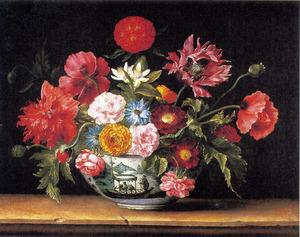 Chinese schaal met bloemen