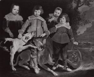 Portret van vier onbekende kinderen