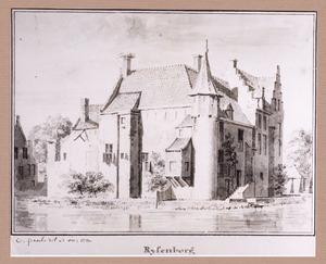 Achter- en zijgevel van kasteel Rijsenburg bij Driebergen