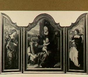 De H. Catharina (links), de H. Anna-te-Drieën en een engel (midden), de H. Maria Magdalena (rechts)