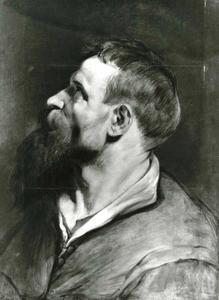 Studiekop van een man met baard met hoofd naar links gedraaid