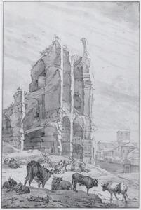 Klassiek ruïne (het Colloseum?) met vee