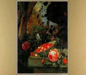Stilleven met aardbeien en rozen, op een stenen plint in