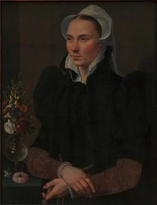 Portret van een 27-jarige vrouw met een boeket bloemen