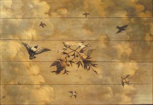 Wolkenhemel met vogels en verwijzingen naar de Vrede
