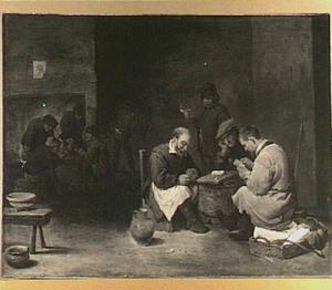 Kaartende mannen in een herberginterieur