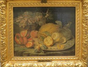 Stilleven met grannatappel en citroenen