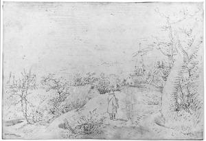 Heuvellandschap met molens en dorp