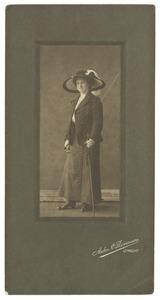 Portret van Anne Bongenaar