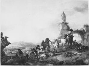 Heuvellandschap met rustend jachtgezelschap bij een ruïne met antiek beeldhouwwerk